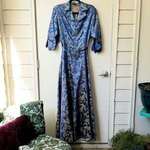 Pagoda Motif Silk Brocade Zipper Full Length Dress